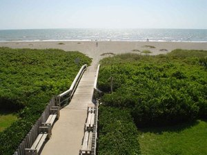 Cocoa Beach, Florida. 4 BEDROOM 3 BATH DIRECT OCEANFRONT TOWNHOUSE W/GARAGE ON WORLD FAMOUS COCOA BEACH! - Cocoa Beach, Florida, United States