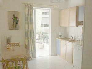 Athens, Greece. Athens apartment fully equipped.A/C,Wifi.sleeps8 - Athens, Non US or Canada, Greece