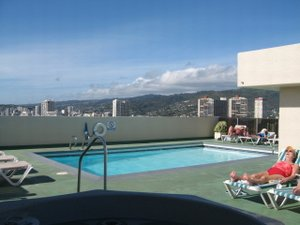 Honolulu, Hawaii. Sunrise Condo at the Fairway Villa is a Dream Come True - Honolulu, Hawaii, United States