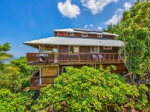 Kona Leilani, Hawaii Vacation Home with 3-bedrooms, 3-bathrooms a lanai and a private beach. - Captain Cook, Hawaii, United States