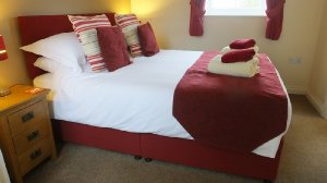 Rose's Rest at Greetham Retreat is a 1-bedroom, 1-bathroom retreat for couples in Lincolnshire, England. - Horncastle, Lincolnshire, Non US or Canada, England