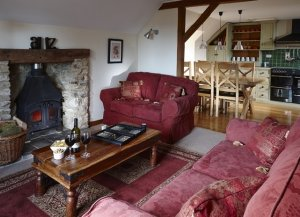 Orchard Cottage, 1 of 6 self-catering cottages at Red Doors Farm in Devon, England has 3 bedrooms, 2 bathrooms and sleeps 6 - Devon, Non US or Canada, England