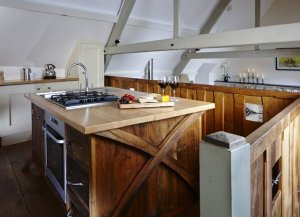 Swallows Loft, 1 of 6 self-catering cottages at Red Doors Farm in Devon, England has 1 bedroom, 1 bathroom and sleeps 2.  - Devon , Non US or Canada, England