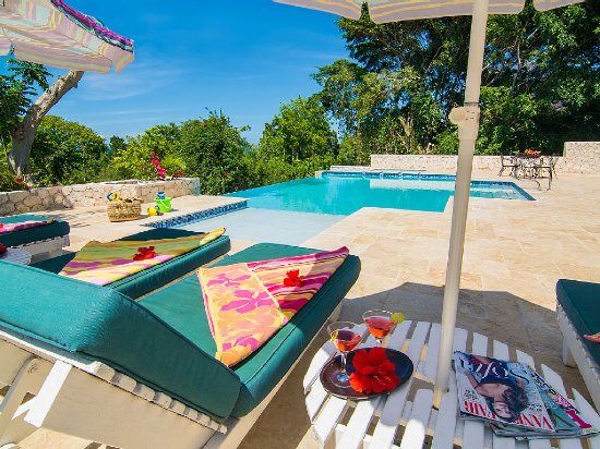 Skylark Villa in Montego Bay, Jamaica has 4-BR, 4-BA an Ocean View, Full Time Staff, Private Pool, and is close to everything. - Montego Bay, Non US or Canada, Jamaica